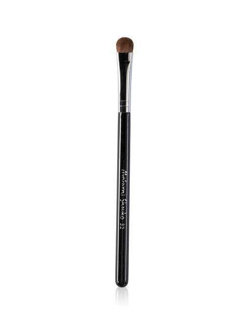 Closeup   9552 32 medium blending brush