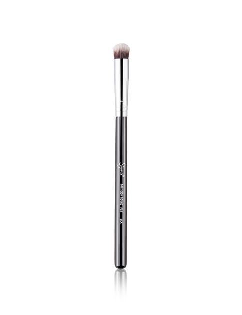 Sigma Beauty P82   Precision Round™ Brush