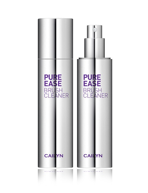 Closeup   cailyn pure brush cleaner